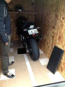 バイクガレージ+BMW