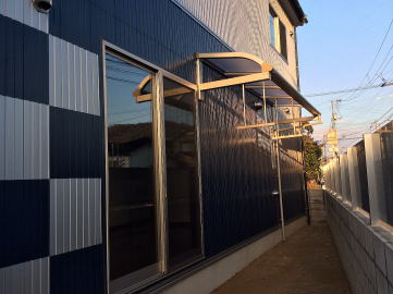 洗濯物干し場((First Garage A)