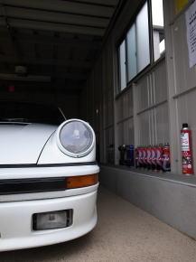 ガレージ+ポルシェ