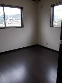 個室(First Garage A)